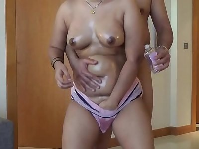 Desi Plump Booty Oiled, Free Indian Porn Video b6  xHamster
